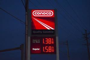 ConocoPhillips Has Quarterly Loss, Cuts Capex Again
